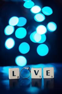scrabble, obrúčky, prstienky, snubný prsteň, láska, love, rings, Bratislava, Trenčín, Žilina, Liptov, fotograf, kameraman, svadobné video,