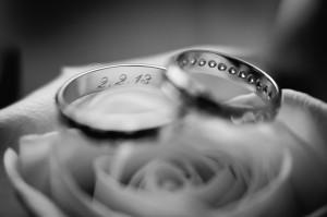 čiernobiela, obrúčky, láska, ruža, love, rings, prstienky, Bratislava, Trenčín, Žilina, Liptov, fotograf, kameraman, svadobné video