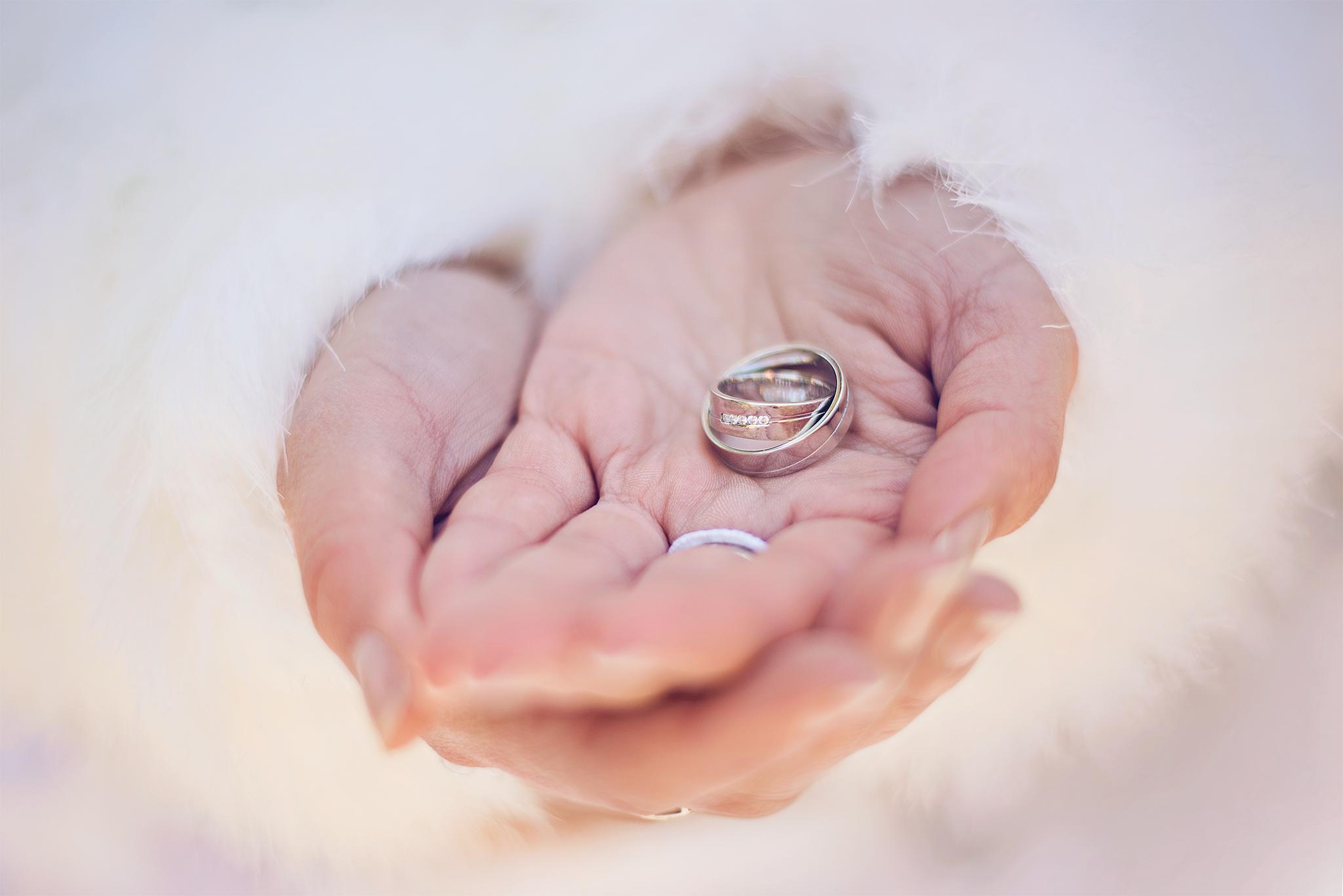 nevesta, obrúčky, prstienky, rings, Bratislava, Trenčín, Žilina, Liptov, fotograf, kameraman, svadobné video