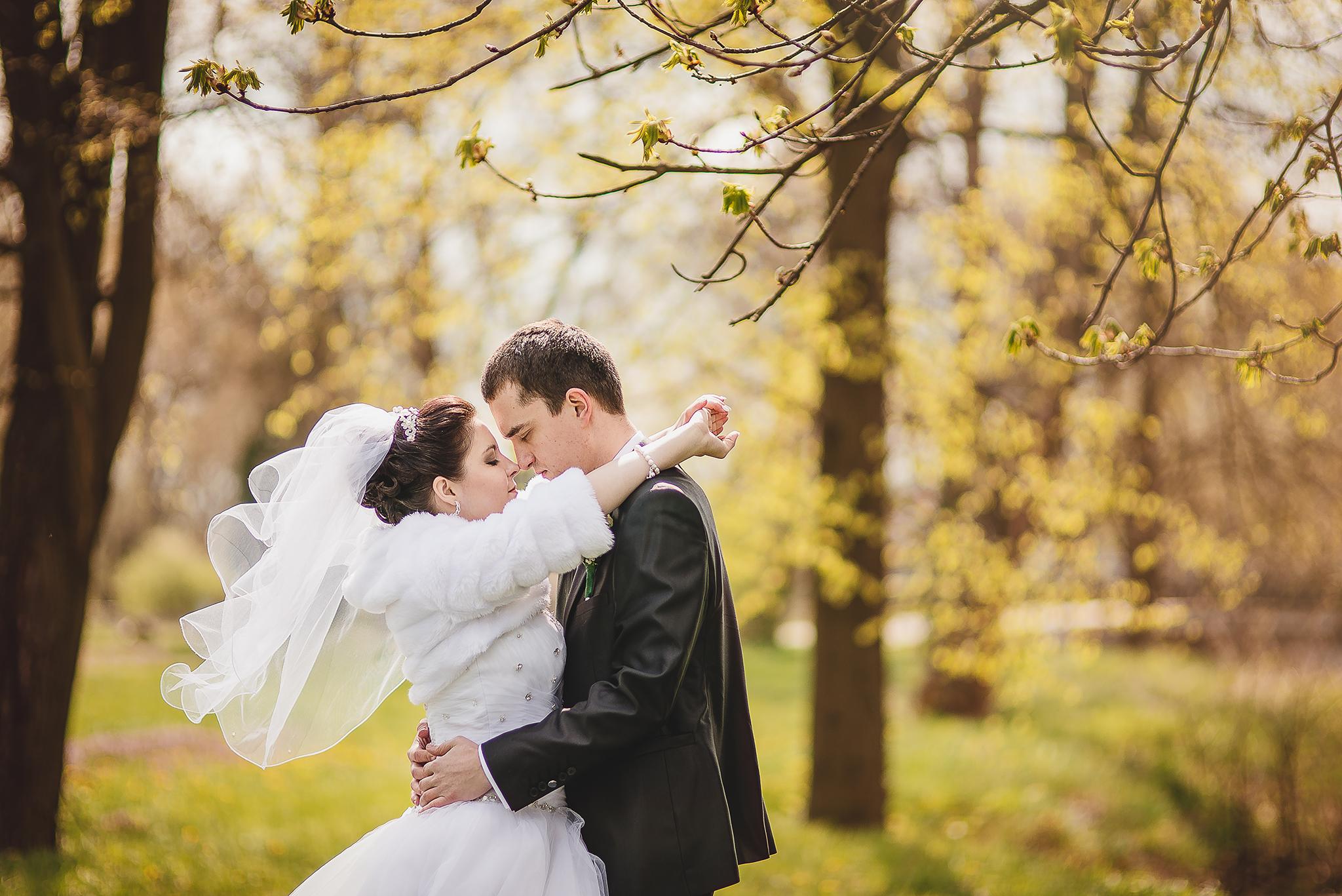 ženích, nevesta, príroda, romantika, emócia, láska,